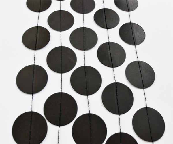 Circle garland black
