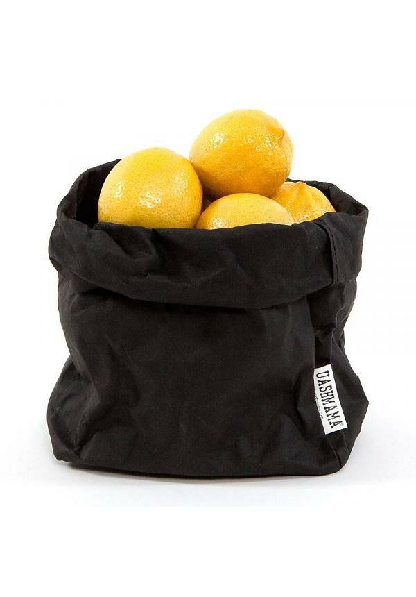 Uashmama paperbag black medium villa madelief